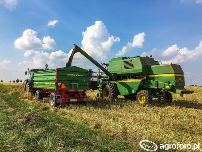 Agritrac.pl startuje z informacjami o ciągnikach